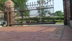D001 - Ornamental Sliding Gate - 02