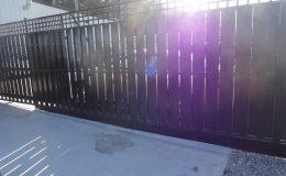 Aluminum Cantilever Sliding Gate