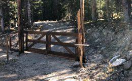 D133-DuraGates Cantilever Sliding Gate