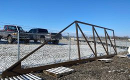 01-Gate Frame welded to CGS-345P track