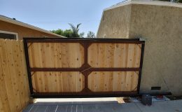 Integrator Carriages used on Metal and Wood Gate_Inside view
